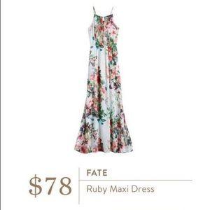 Lightweight floral print maxi dress.